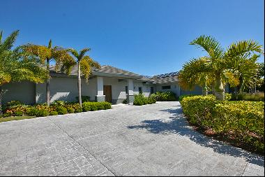 Newer Construction Canal Front Home in Upscale Neigborhood Near Beach