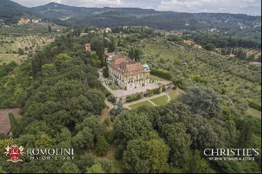 Florence - HISTORIC VILLA FOR SALE IN FIESOLE